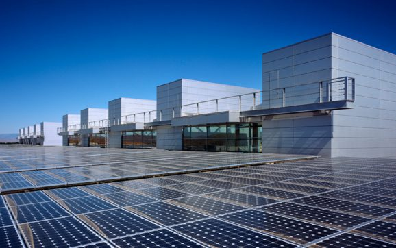 What is the Peak Duration of Exposure to Sunlight needed for a Solar Panel to Work Efficiently