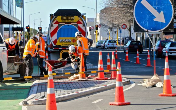 How Does Traffic Control Course help in Implementing Control Plans?