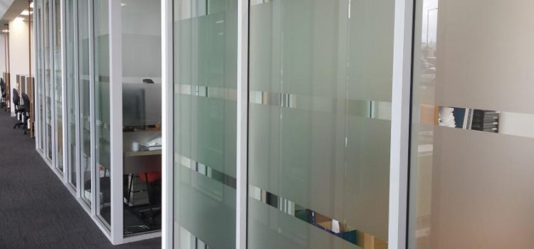 What Are The Benefits of Glass Frosting?
