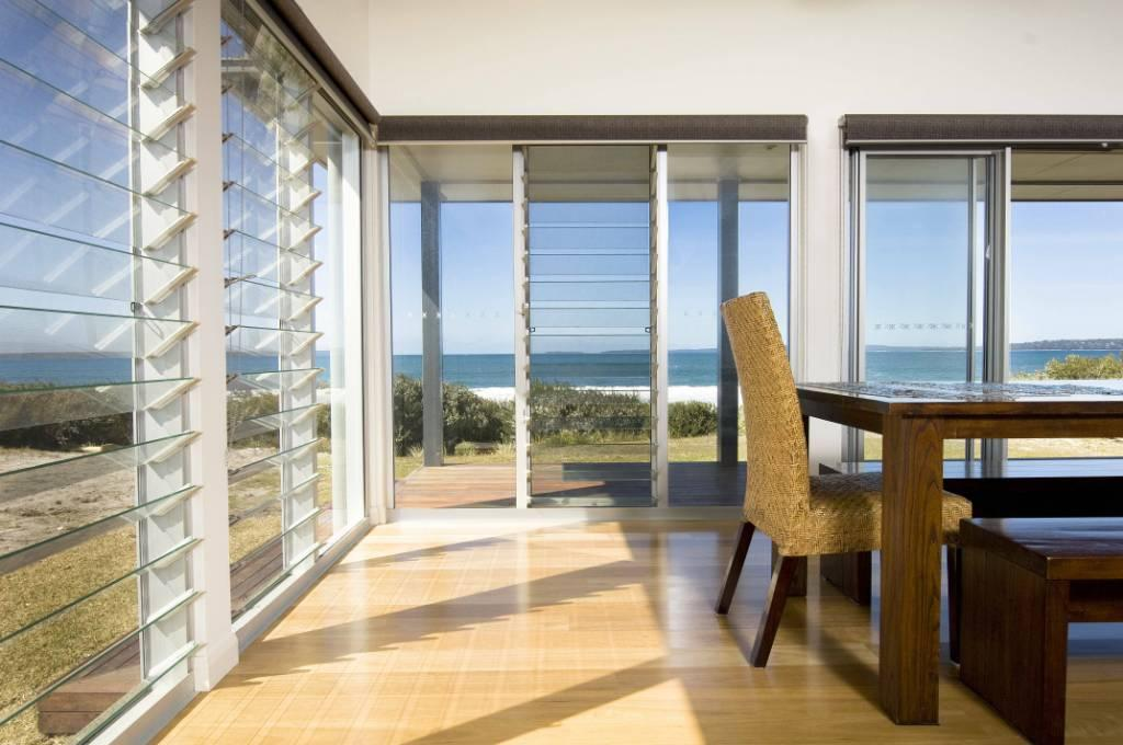 A rather obvious benefit of glass Louvre windows in Sydney is the efficient airflow. In this type of window, ventilation is more and is regular than that of the ordinary windows.