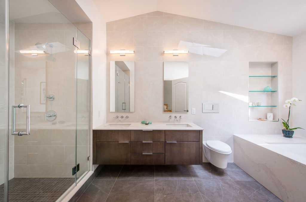 There are various fundamental accessories that should be in a bathroom. These bathroom accessories available online are listed below.