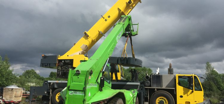 How Small Businesses Benefit From Telescopic Handler Hire?