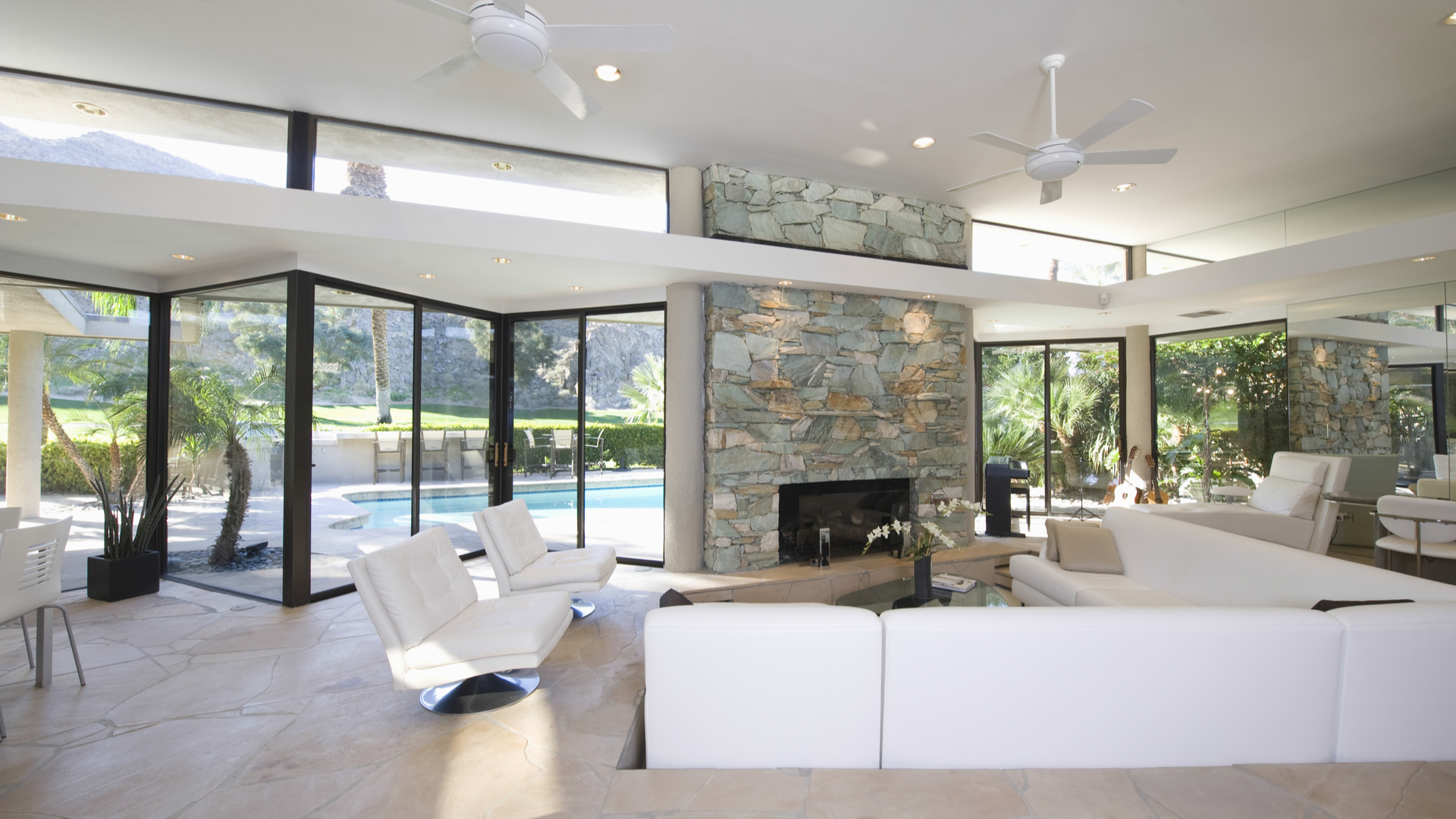 What Are The Advantages Of Having Aluminium Doors And Windows?