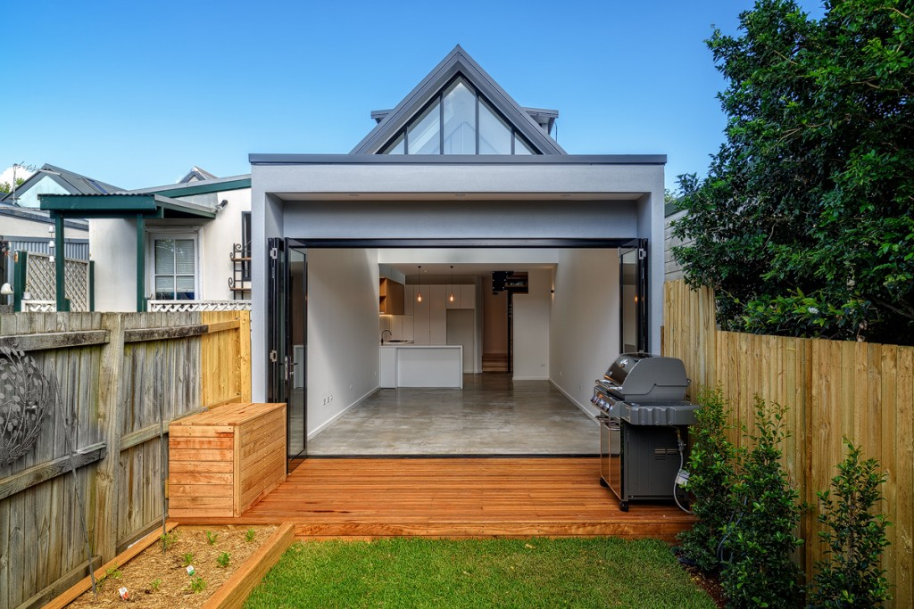 Essential Considerations While Building A Duplex With Professional Builders In Maroubra.
