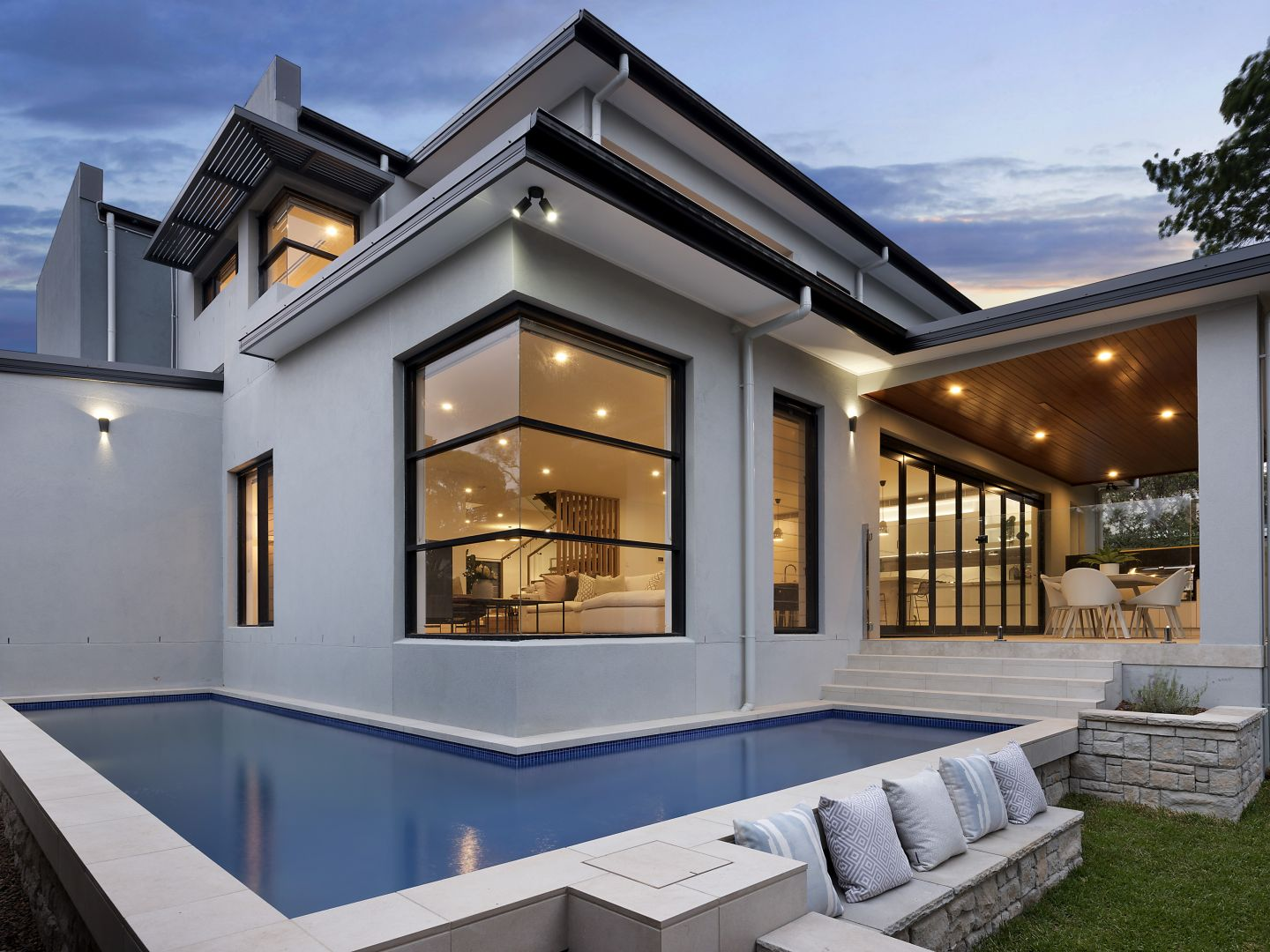 luxury home builders Caringbah