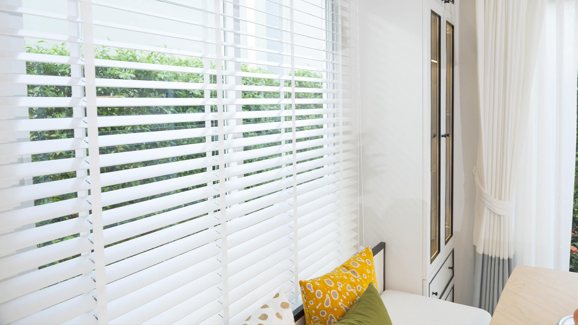 Different Types of Blinds In Bella Vista That You Can Add to Transform Your Spaces!
